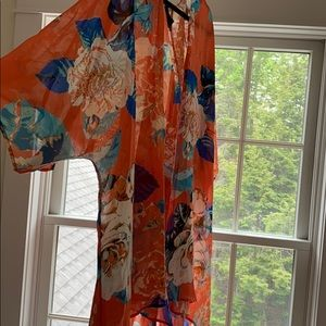 Other - Beautiful Coral/Floral Kimono